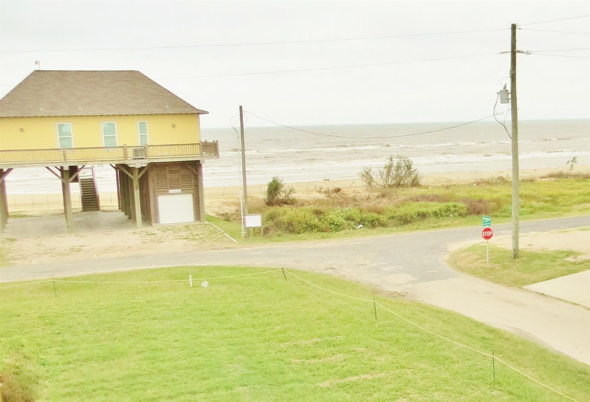 1243 Gulf Rd Road Property Photo - Bolivar Peninsula, TX real estate listing