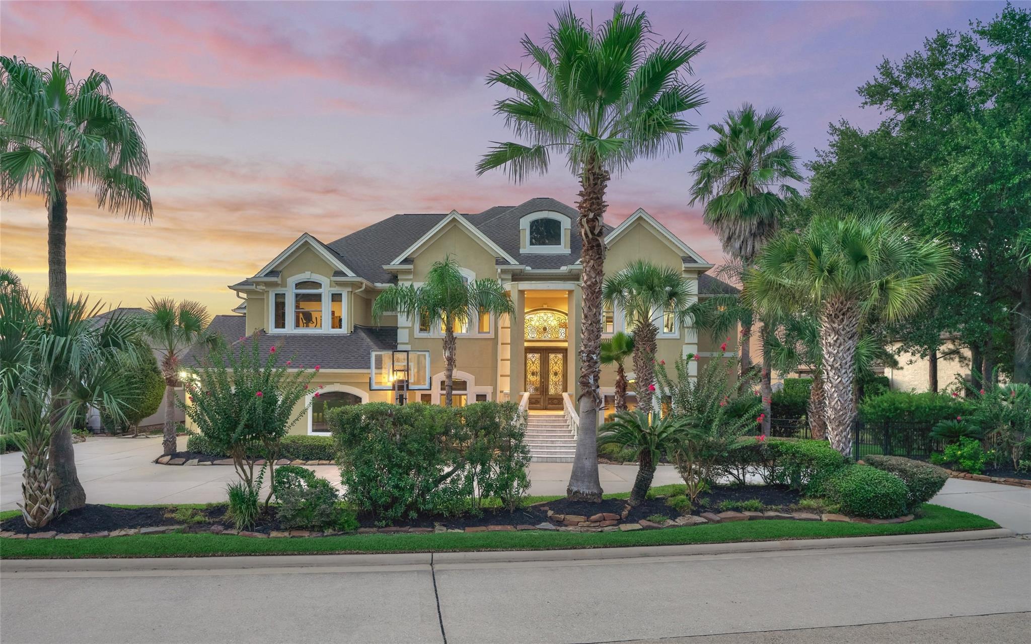 41 Sarasota Circle Property Photo - Montgomery, TX real estate listing