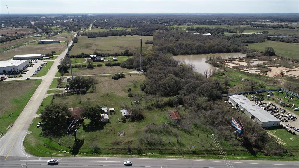 21871 Blassingame / Hwy 290 Road Property Photo