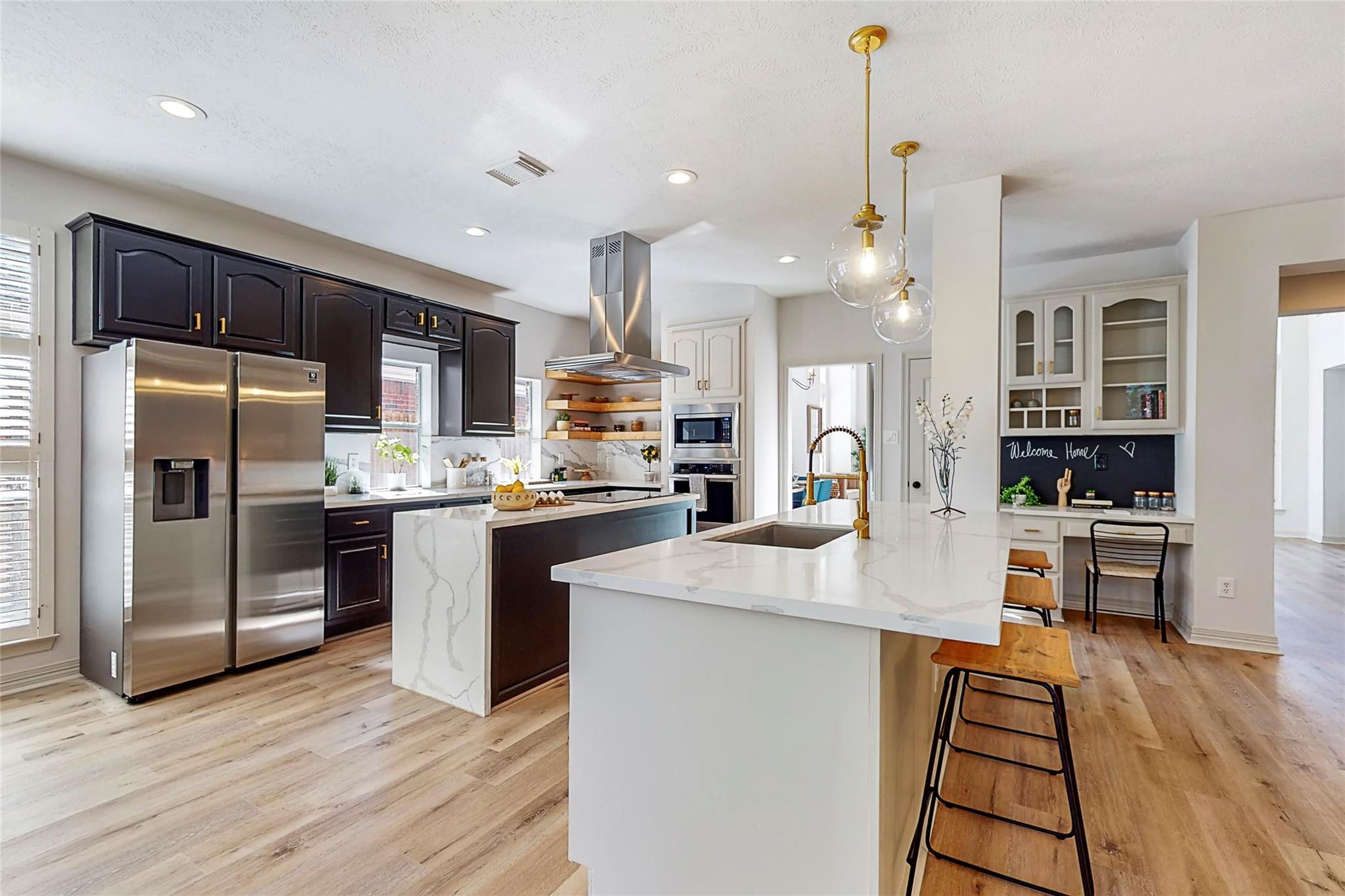 7738 Allegro Drive Property Photo - Houston, TX real estate listing
