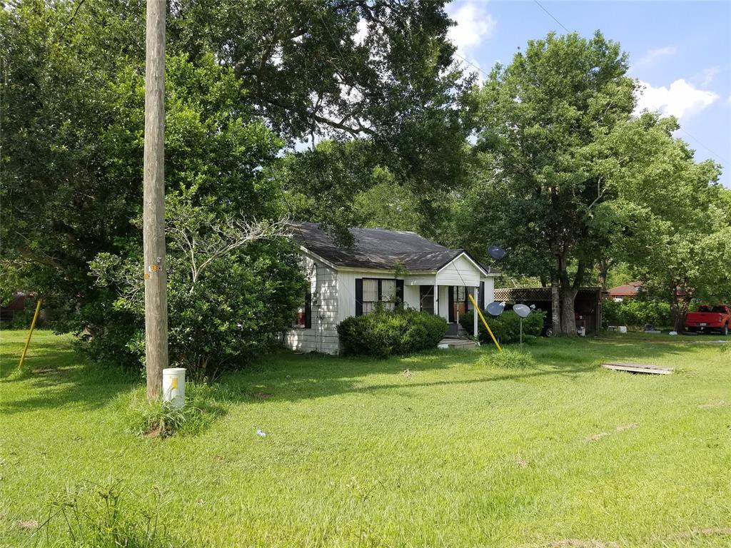 818 Mulcahy, Damon, TX 77430 - Damon, TX real estate listing