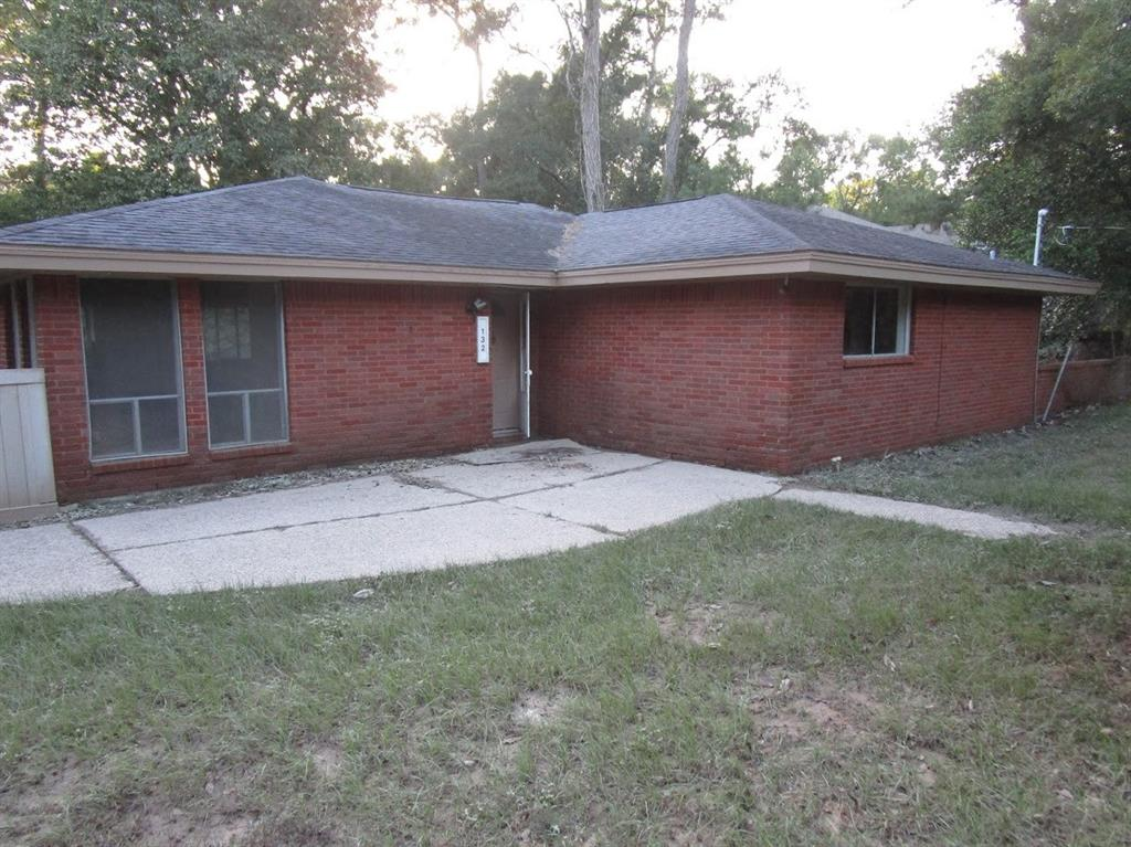 132 White Oak Drive N, Woodbranch, TX 77357 - Woodbranch, TX real estate listing