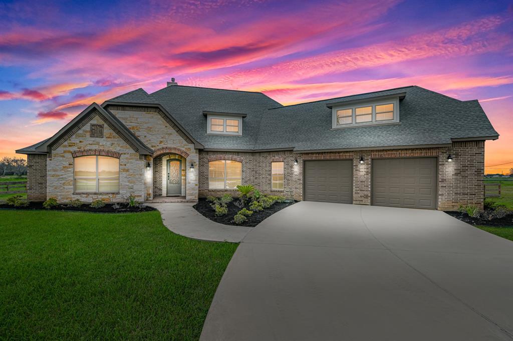 9066 Dixie Lane, Needville, TX 77461 - Needville, TX real estate listing