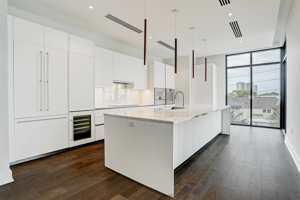 2710 Steel Street #402 Property Photo - Houston, TX real estate listing