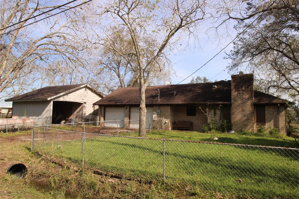 2905 Weir Street Property Photo - Santa Fe, TX real estate listing