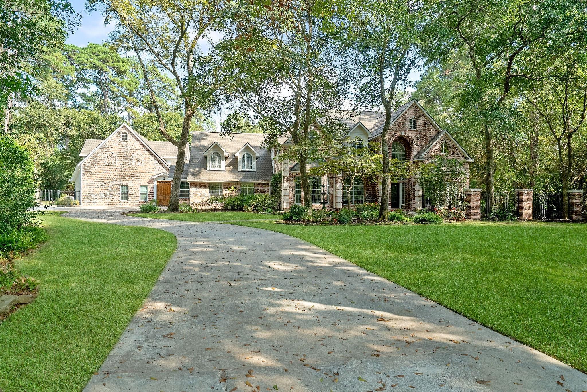 24010 Hampton Oaks Drive Property Photo 1