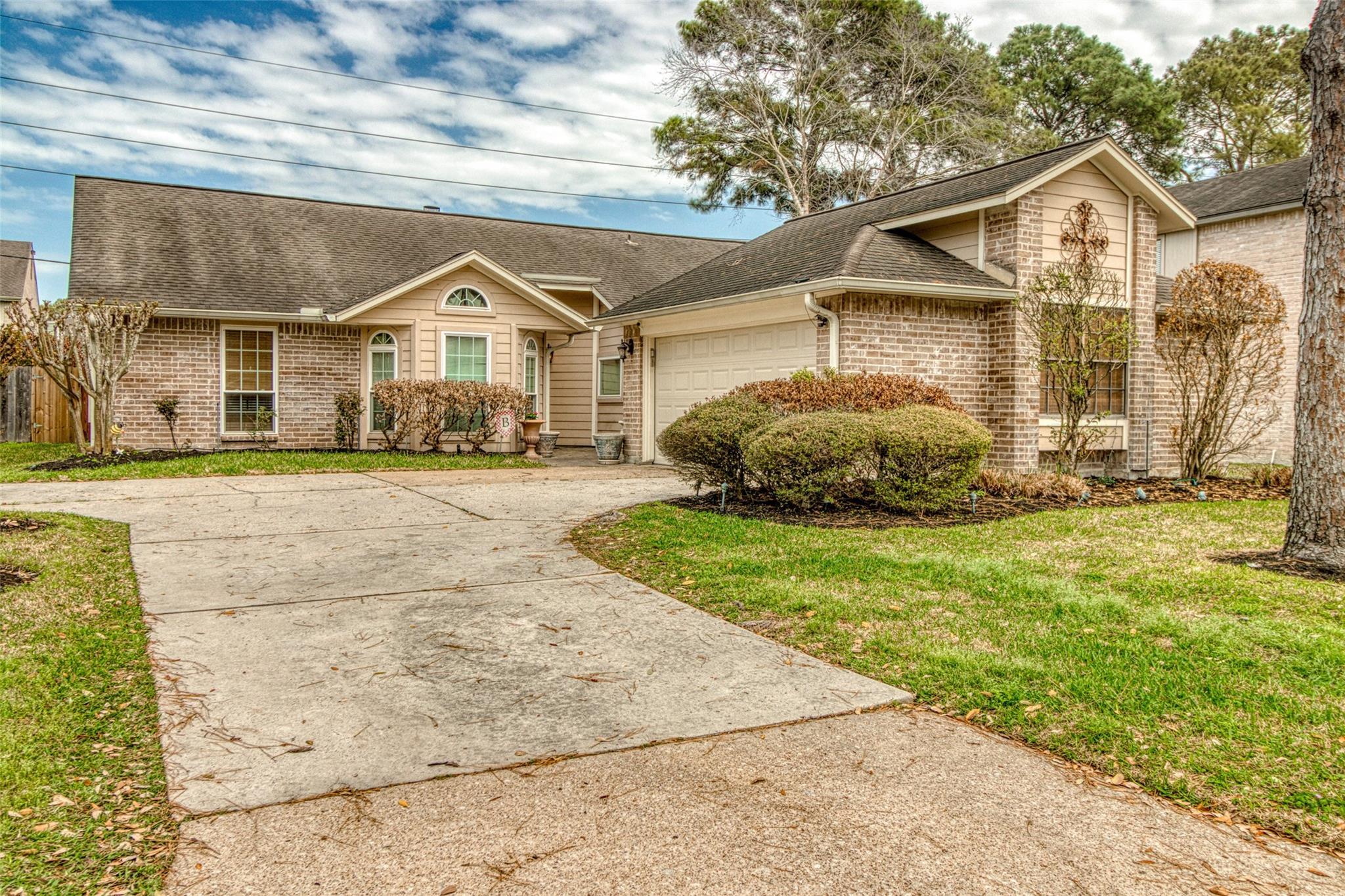 8218 Ryan Park Drive Property Photo