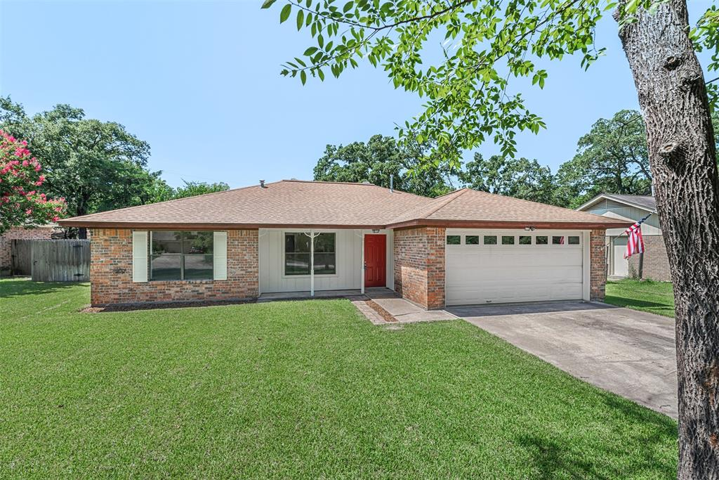 1107 Austin Avenue Property Photo - College Station, TX real estate listing