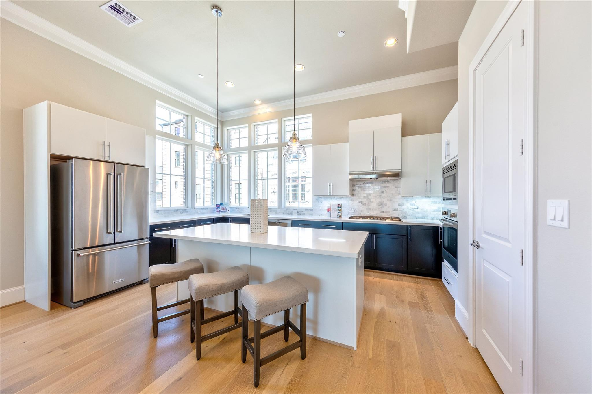2020 Waterloo Station Road Property Photo - Houston, TX real estate listing