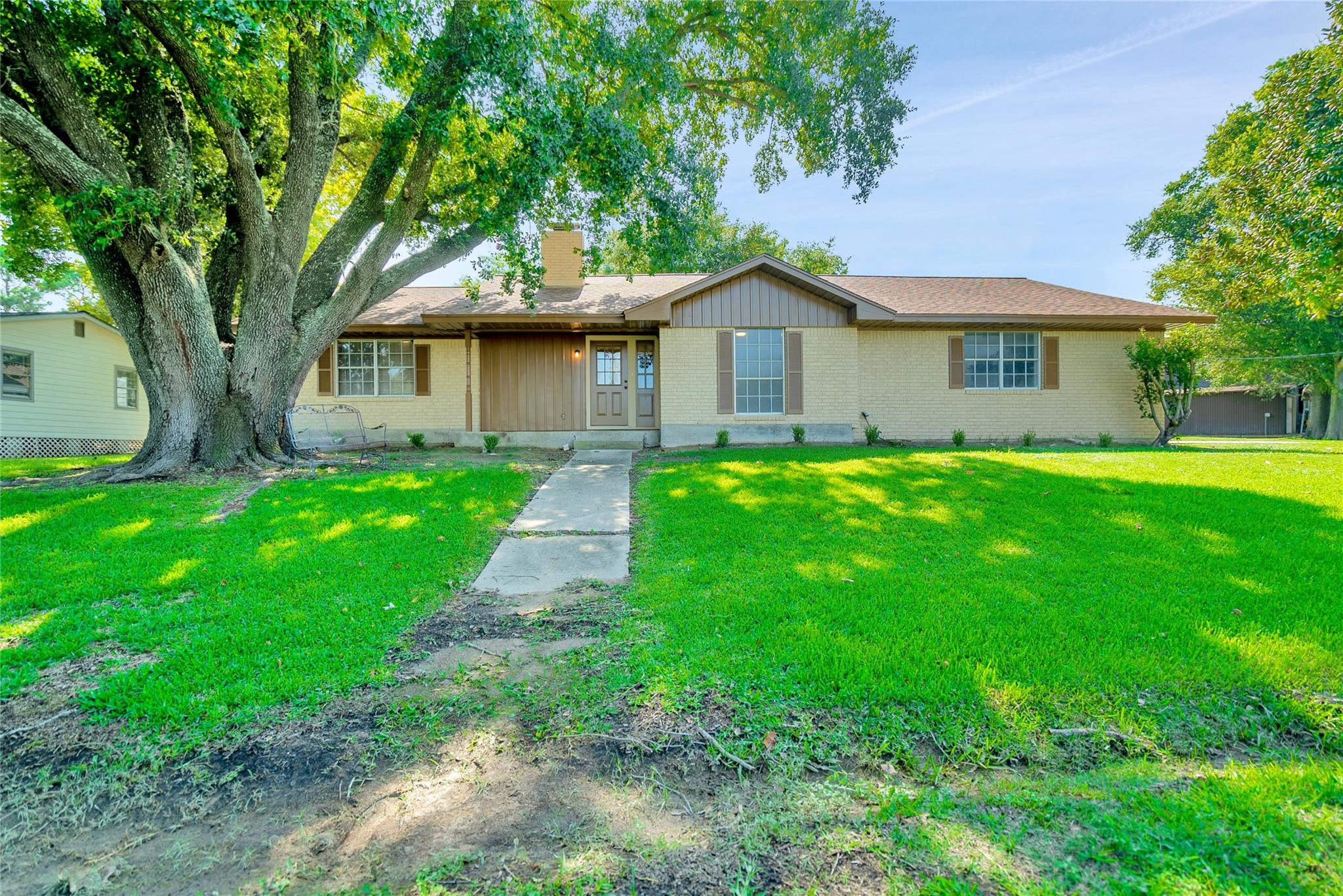 70 N Terrace Drive Property Photo - Point Blank, TX real estate listing