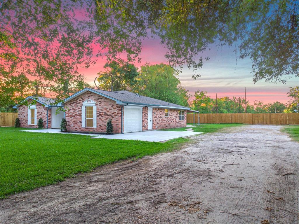 16203 Bear Bayou Drive Property Photo - Channelview, TX real estate listing