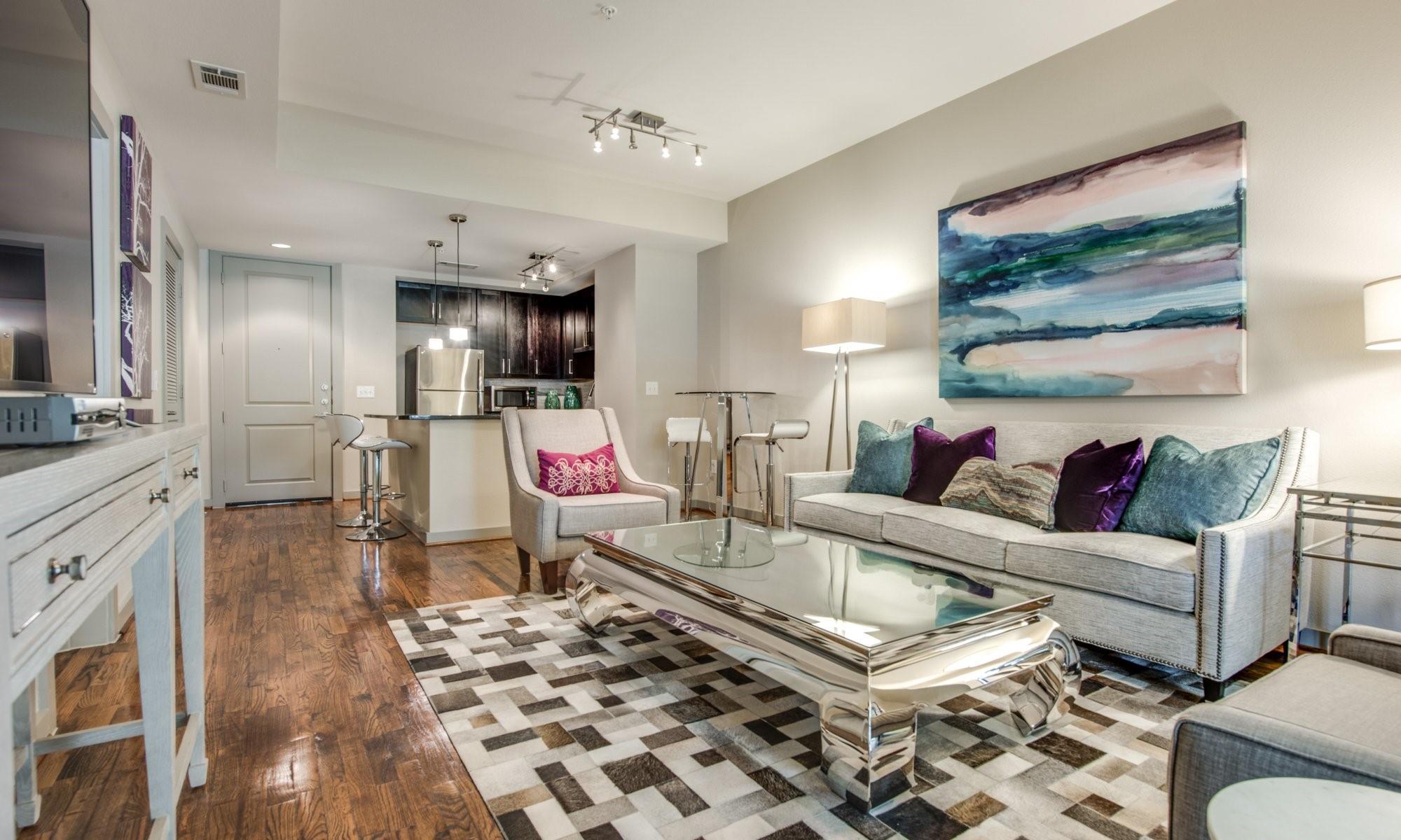 500 Crawford Real Estate Listings Main Image