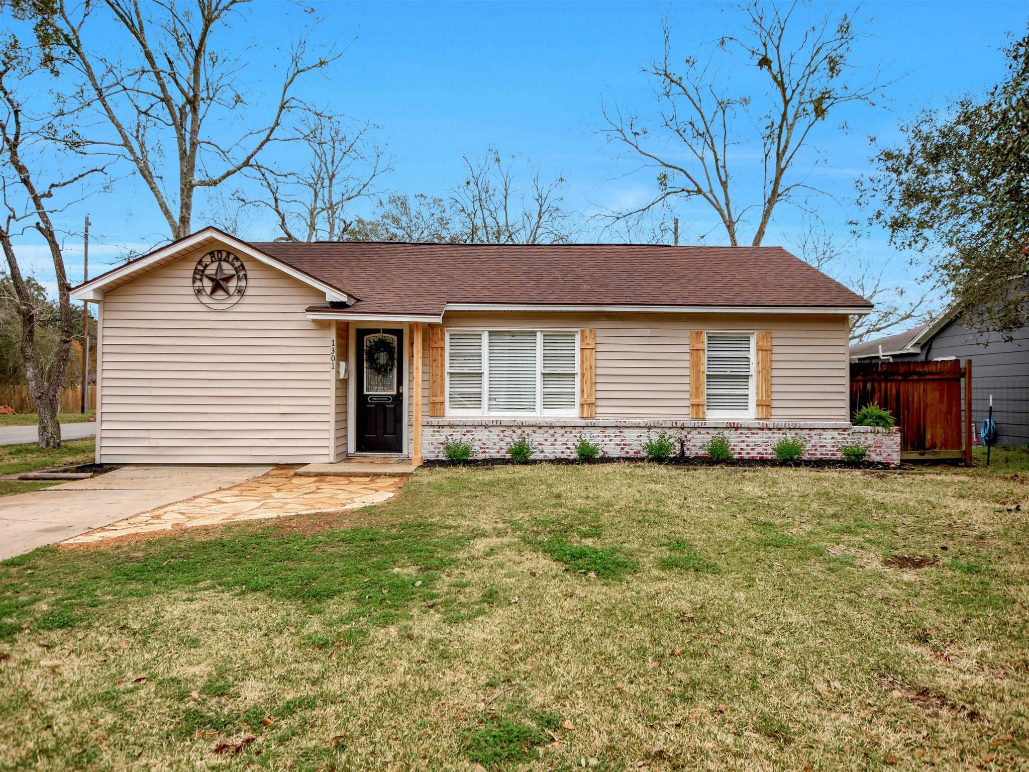 1301 George Street Property Photo
