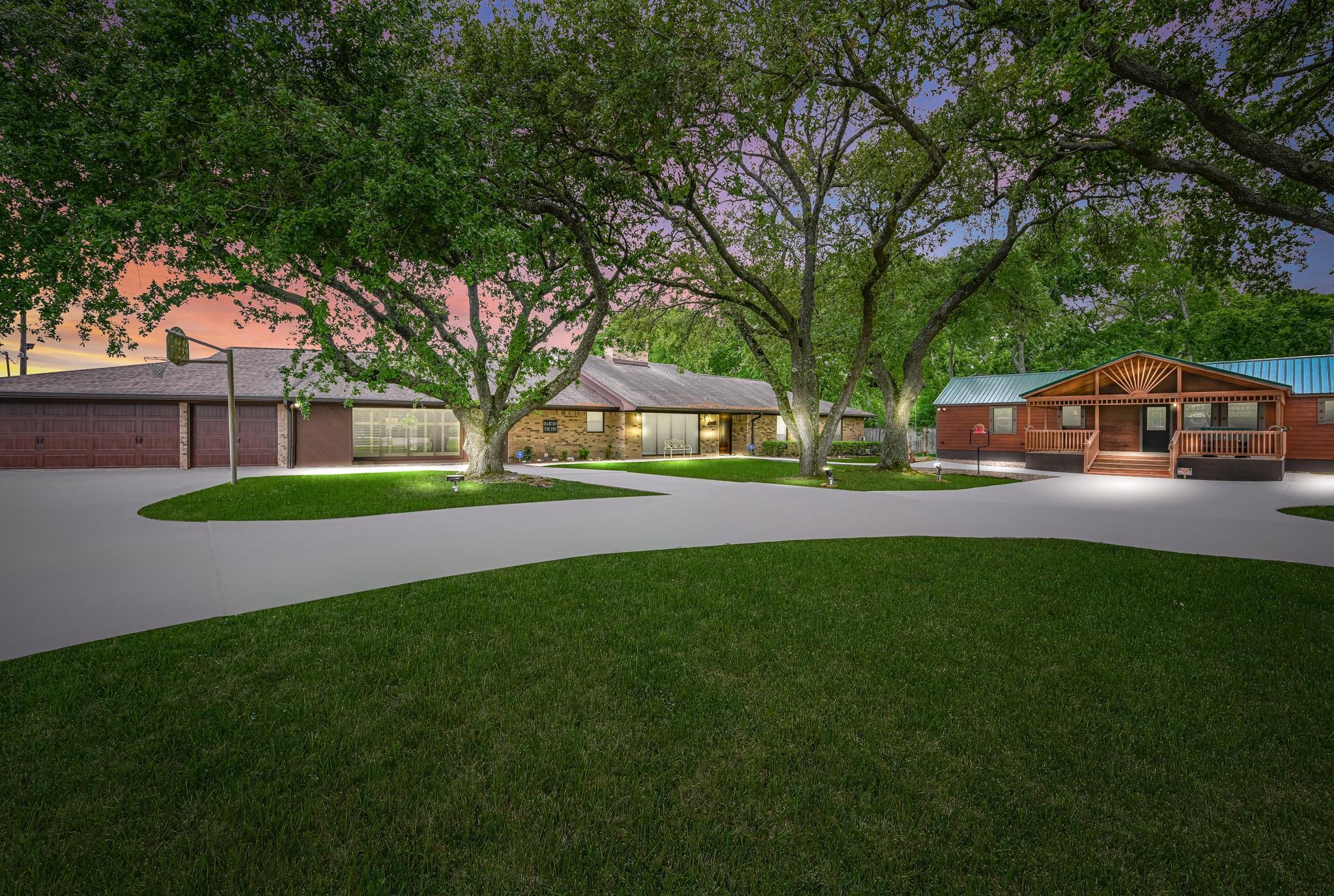 3816 E Wallisville Road Property Photo