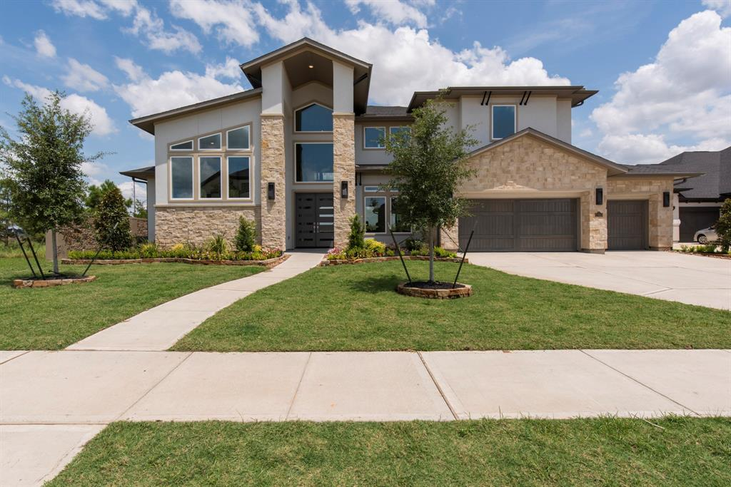 27910 Skyhaven Lane Property Photo - Fulshear, TX real estate listing