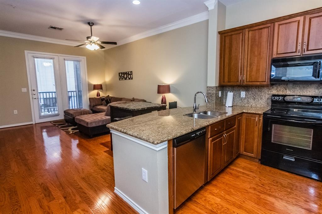 2400 Mccue Road #118 Property Photo - Houston, TX real estate listing