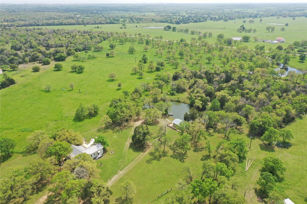 10955 Wildlife Circle, Carmine, TX 78932 - Carmine, TX real estate listing