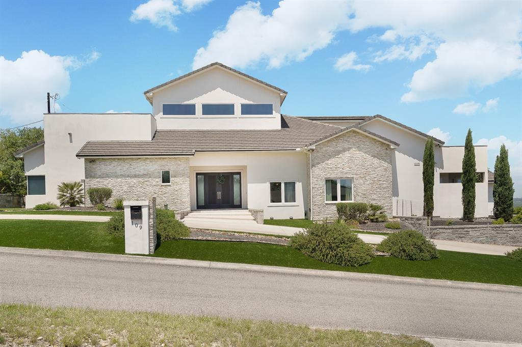 109 Lake View Drive Property Photo - Boerne, TX real estate listing
