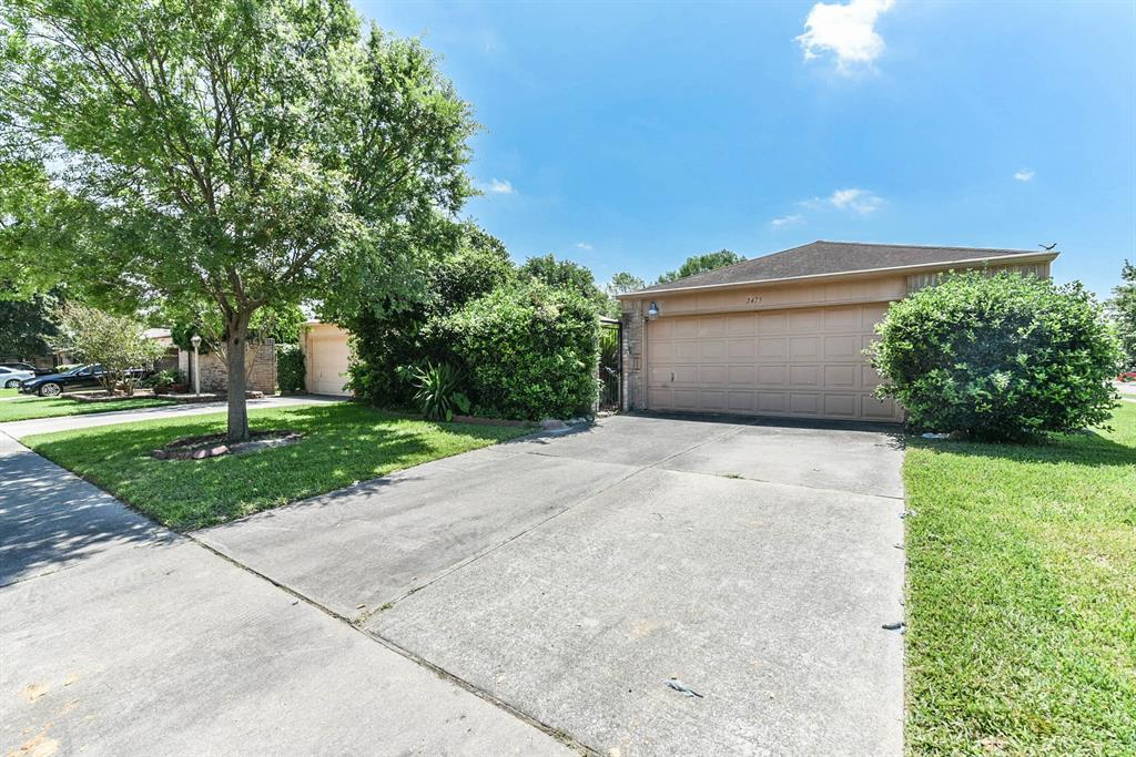 2475 Prides Crossing Road Property Photo
