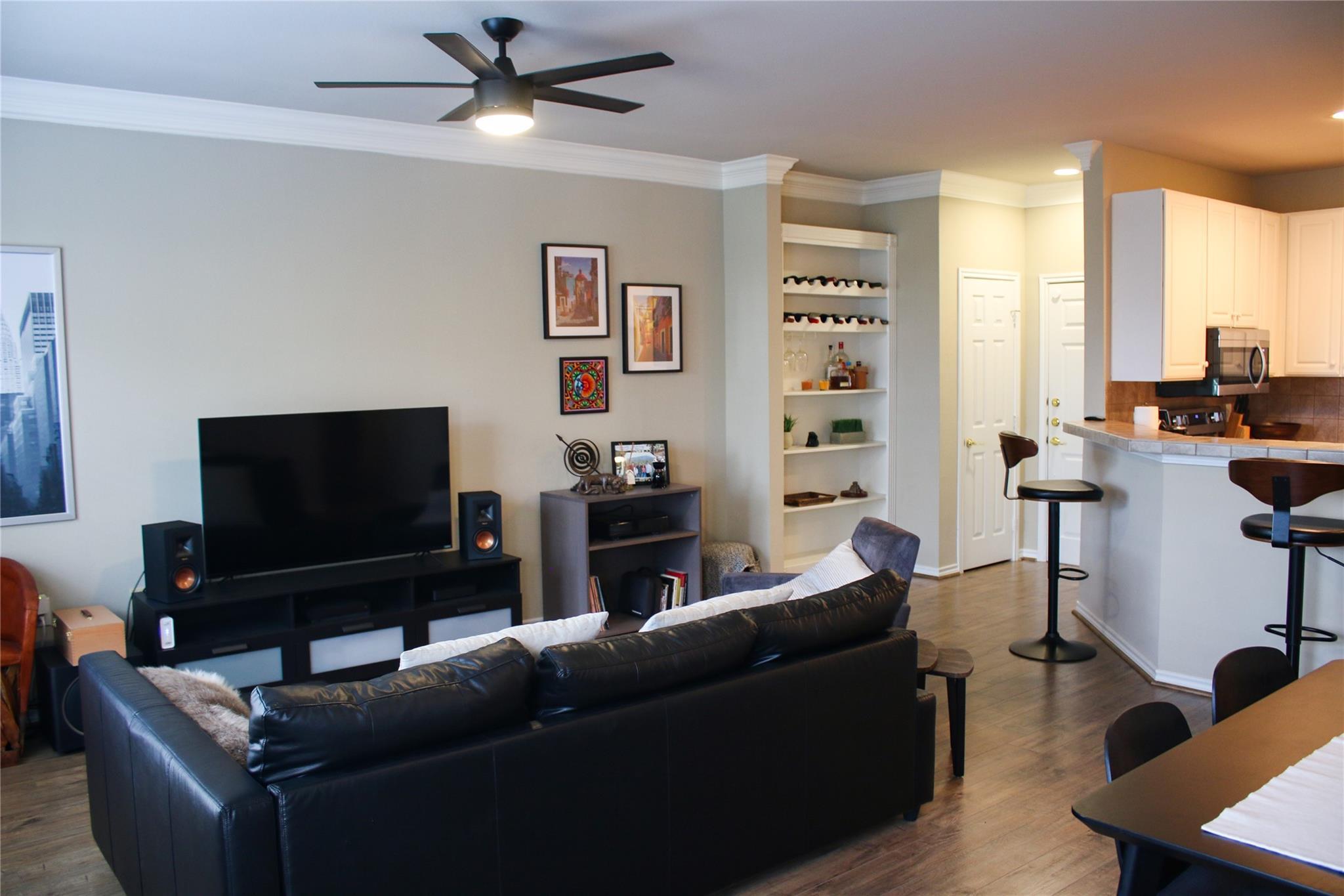 2400 Mccue Road #308 Property Photo - Houston, TX real estate listing