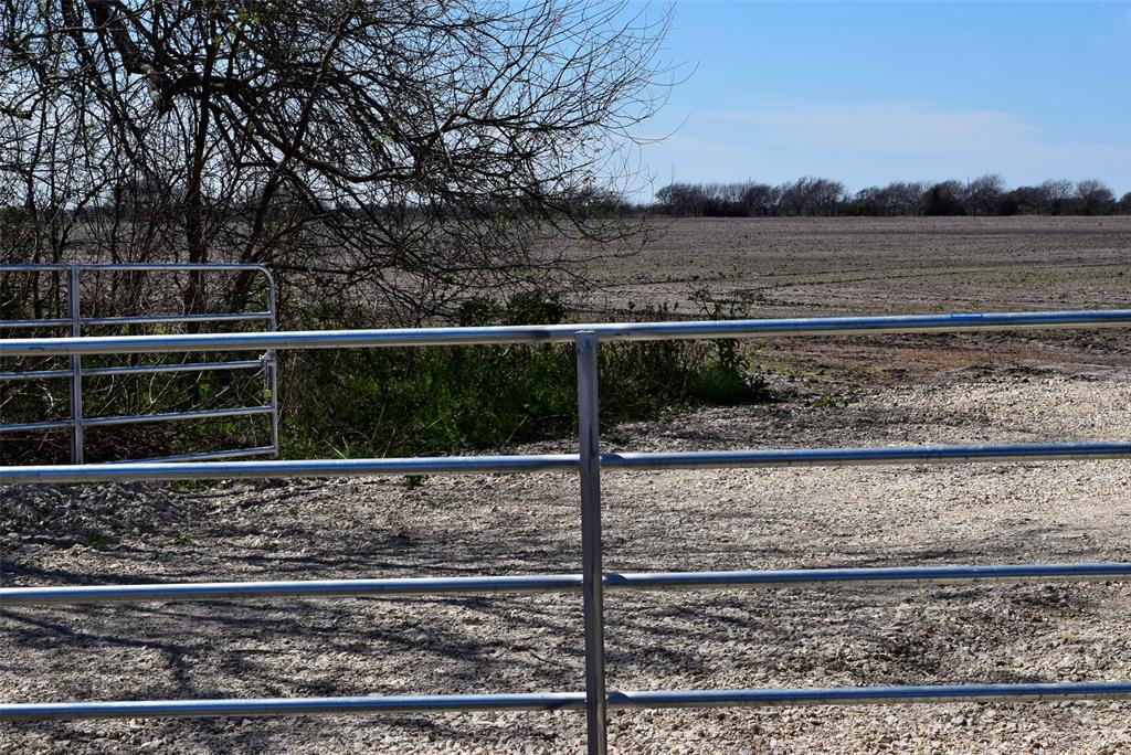 372 County Road 444 Trull Road, Blessing, TX 77419 - Blessing, TX real estate listing