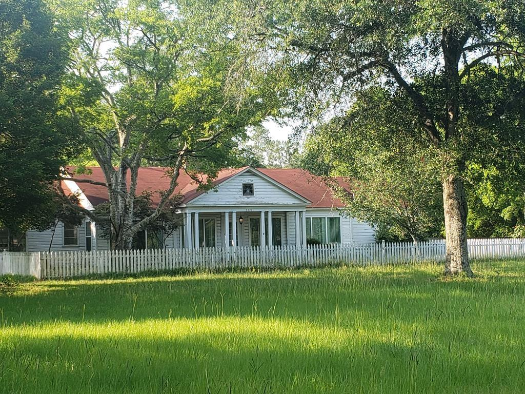 3221 Center Road Property Photo - Nacogdoches, TX real estate listing