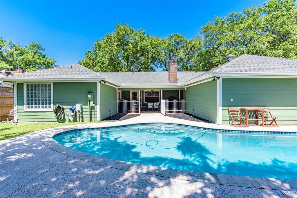 18234 Barbuda Lane, Nassau Bay, TX 77058 - Nassau Bay, TX real estate listing