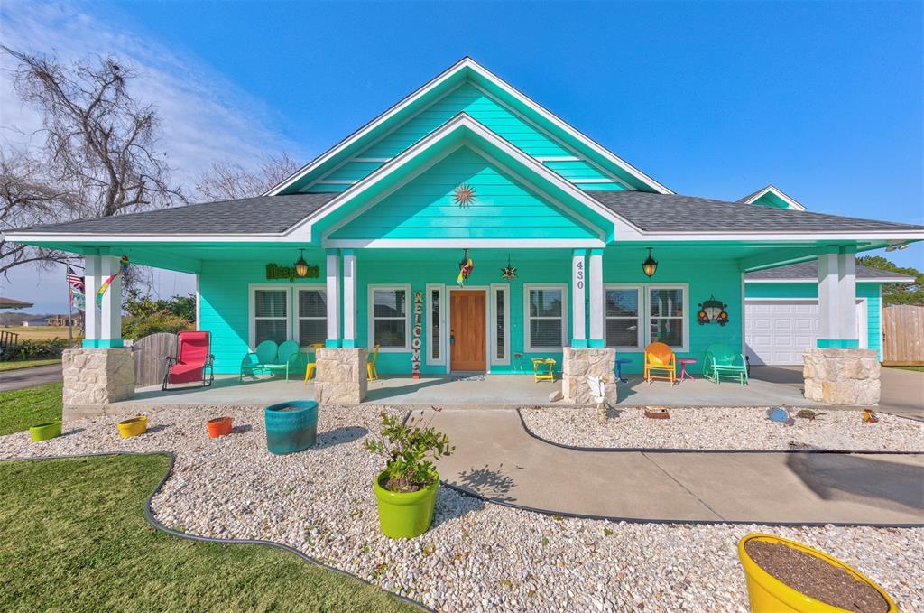 430 Burning Tree Lane Property Photo - West Columbia, TX real estate listing