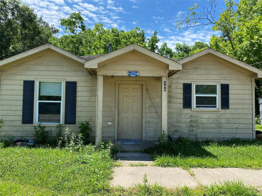308 Highway 90 W Property Photo - Devers, TX real estate listing