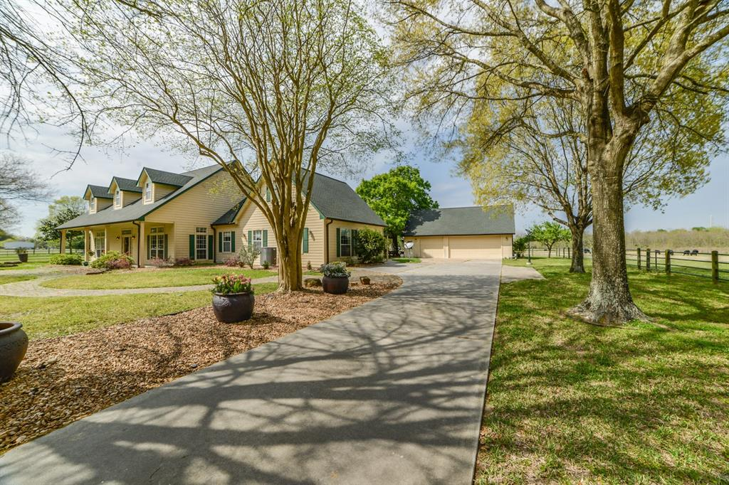 11922 Holderrieth Road Property Photo - Tomball, TX real estate listing
