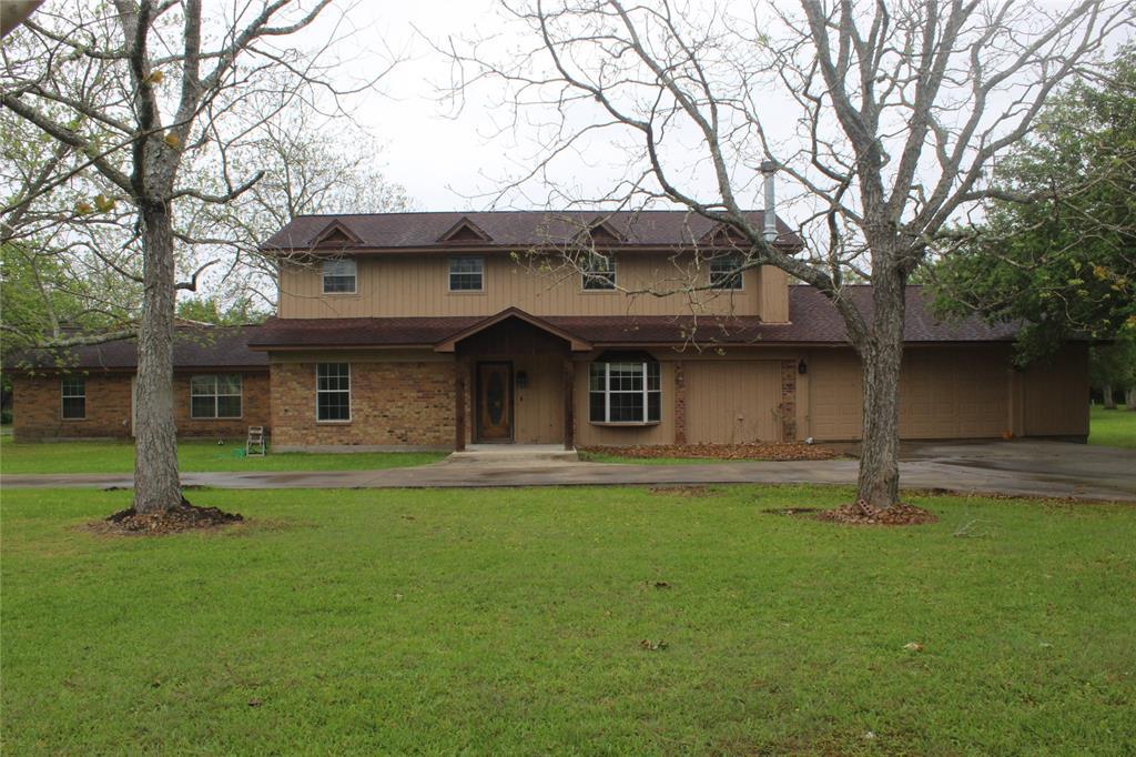295 Navidad Street, Bay City, TX 77414 - Bay City, TX real estate listing