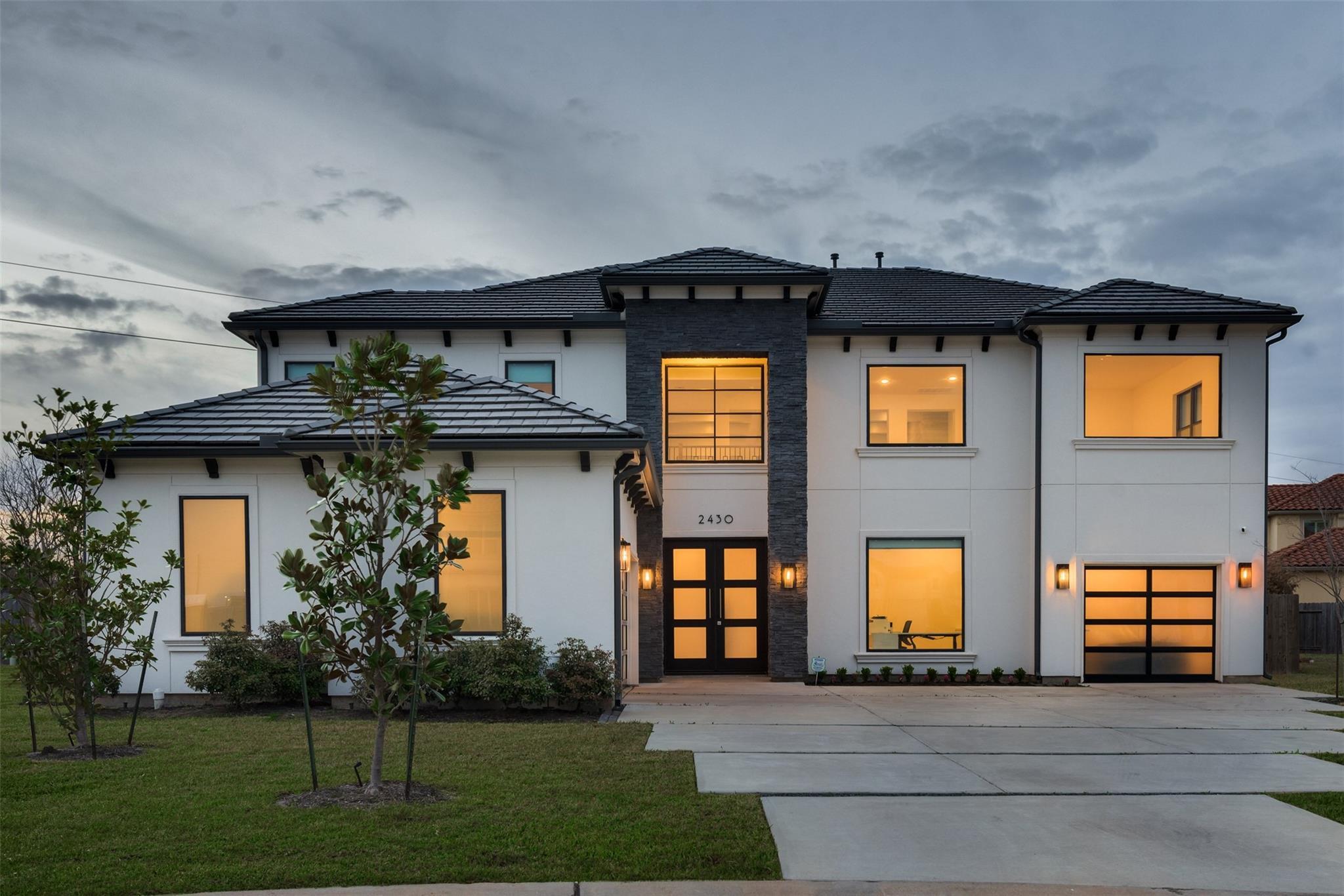 2430 Camden Creek Lane Property Photo - Houston, TX real estate listing
