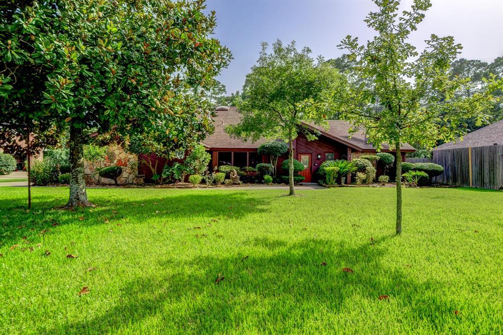 3705 La Reforma Boulevard Property Photo - Baytown, TX real estate listing