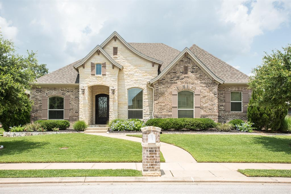 5403 Crosswater Drive Property Photo - College Station, TX real estate listing