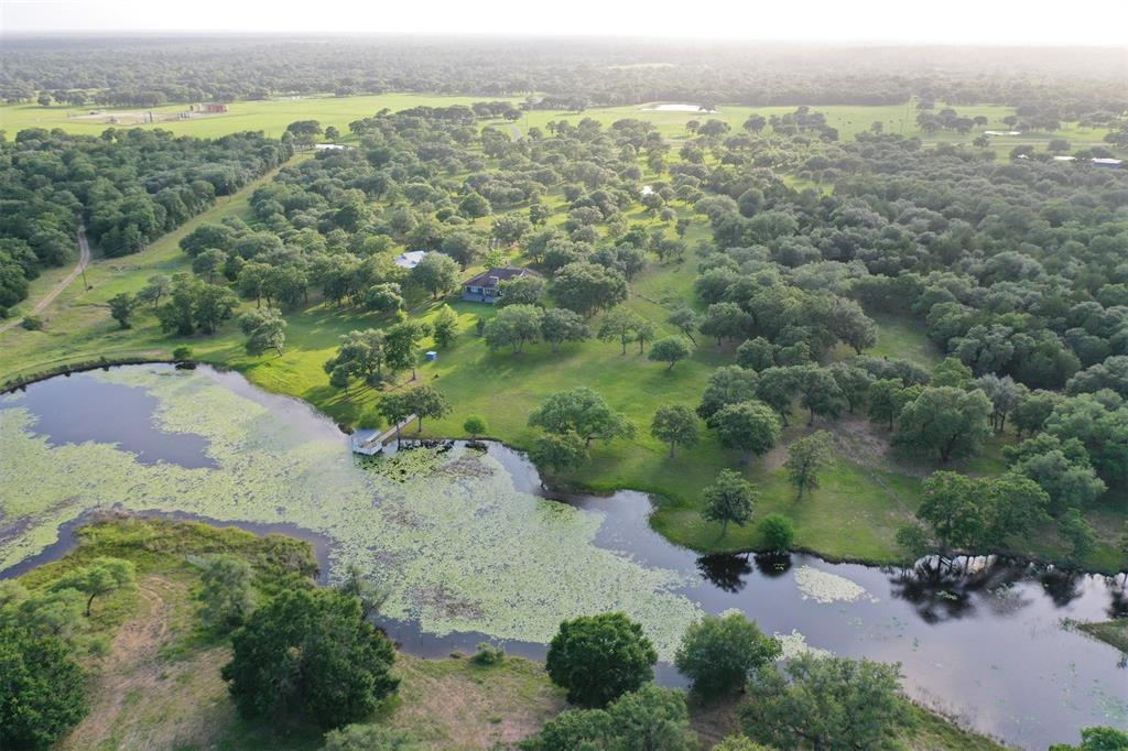 1419 County Road 158 Property Photo - Hallettsville, TX real estate listing
