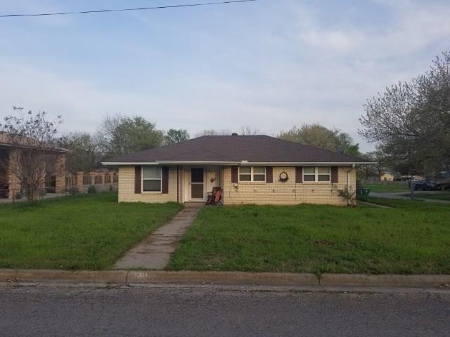 601 N Jackson Avenue Property Photo - Cameron, TX real estate listing