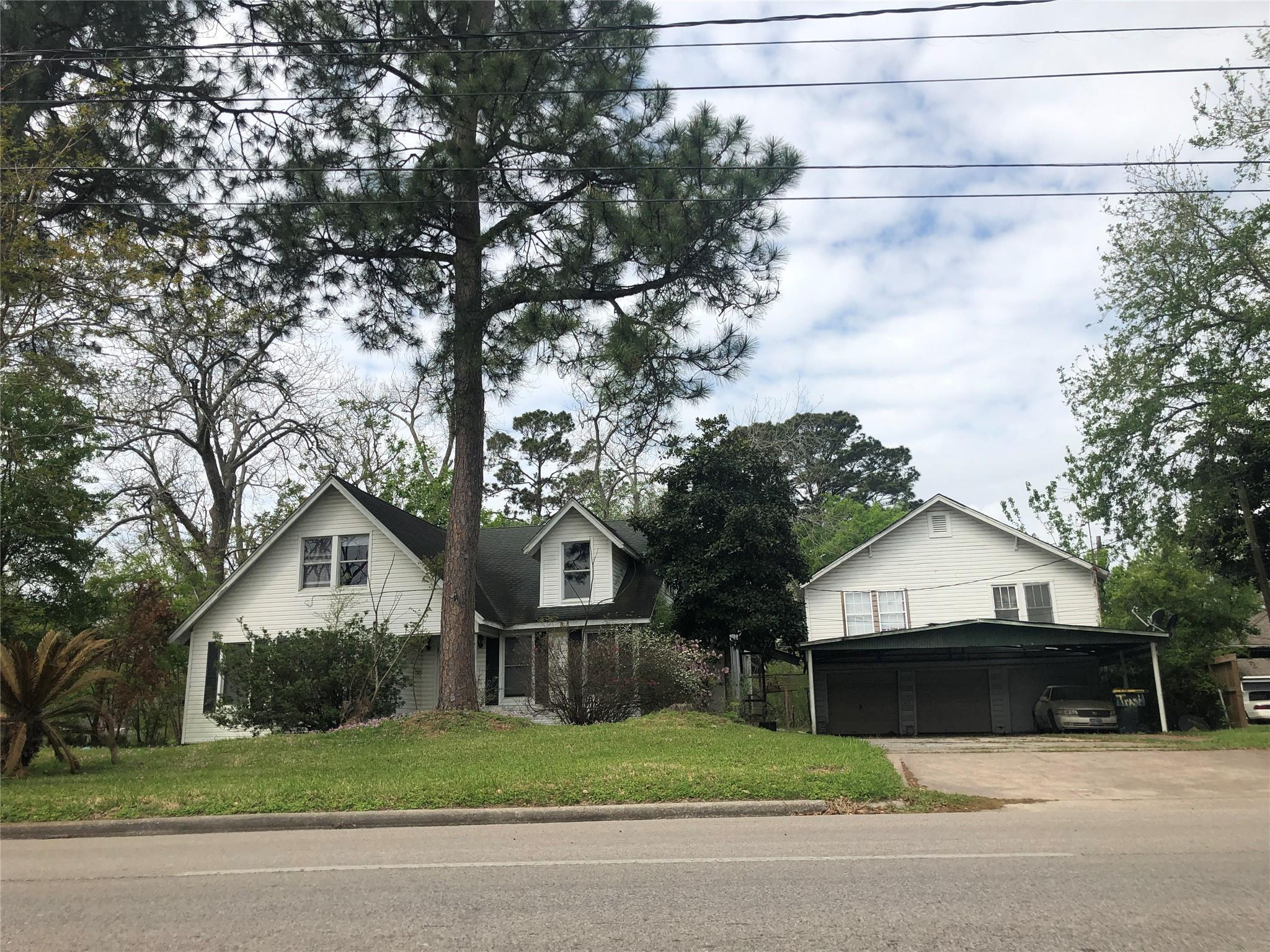 1109 N Pruett Street Property Photo