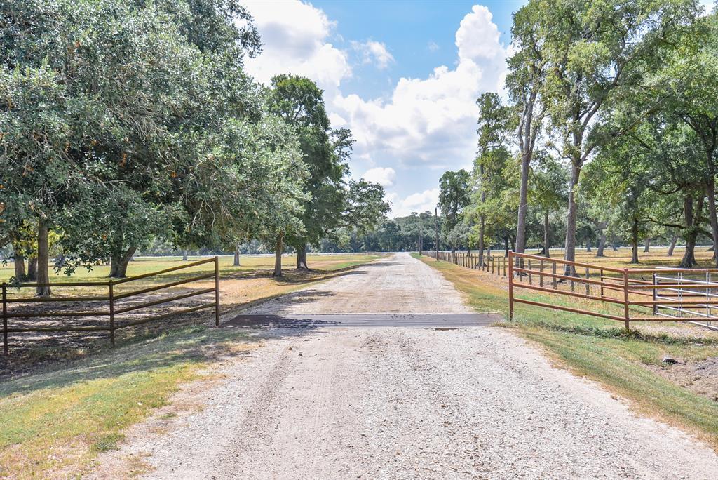 6537 Fm 1299 Road Property Photo - Wharton, TX real estate listing