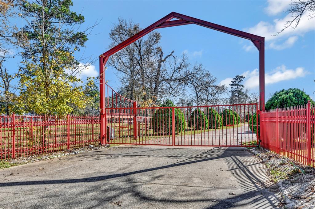 25132 Decker Prairie Rosehl Road Property Photo - Magnolia, TX real estate listing