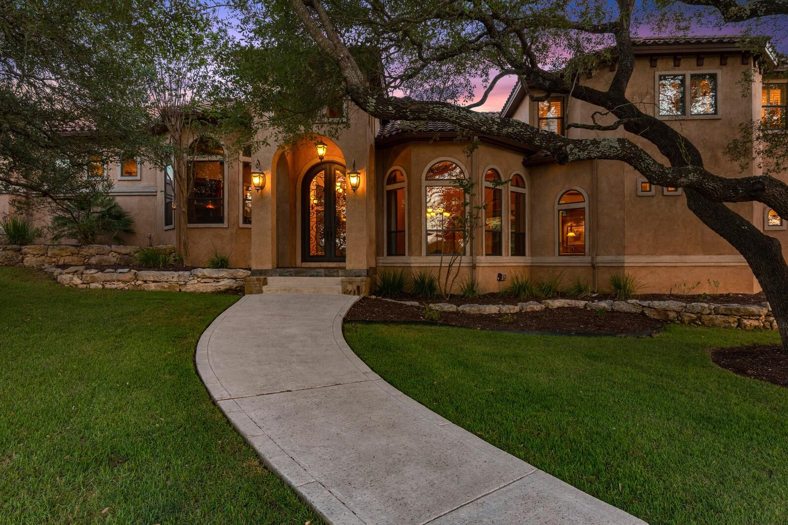 208 Greystone Circle Property Photo - Boerne, TX real estate listing