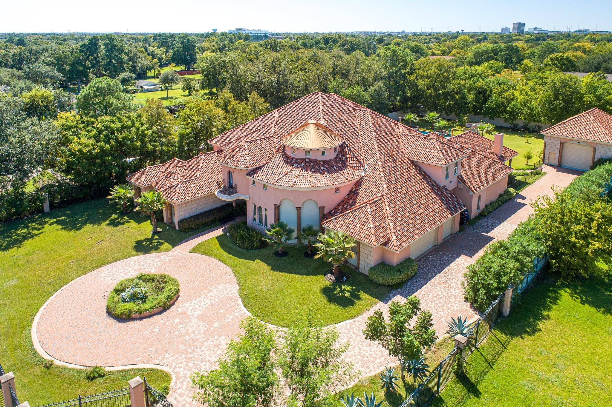8814 Brae Acres Road Property Photo - Houston, TX real estate listing