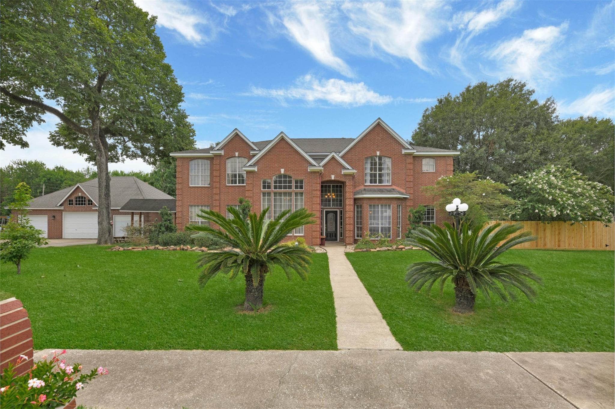 115 Feather Trace Property Photo - Liberty, TX real estate listing