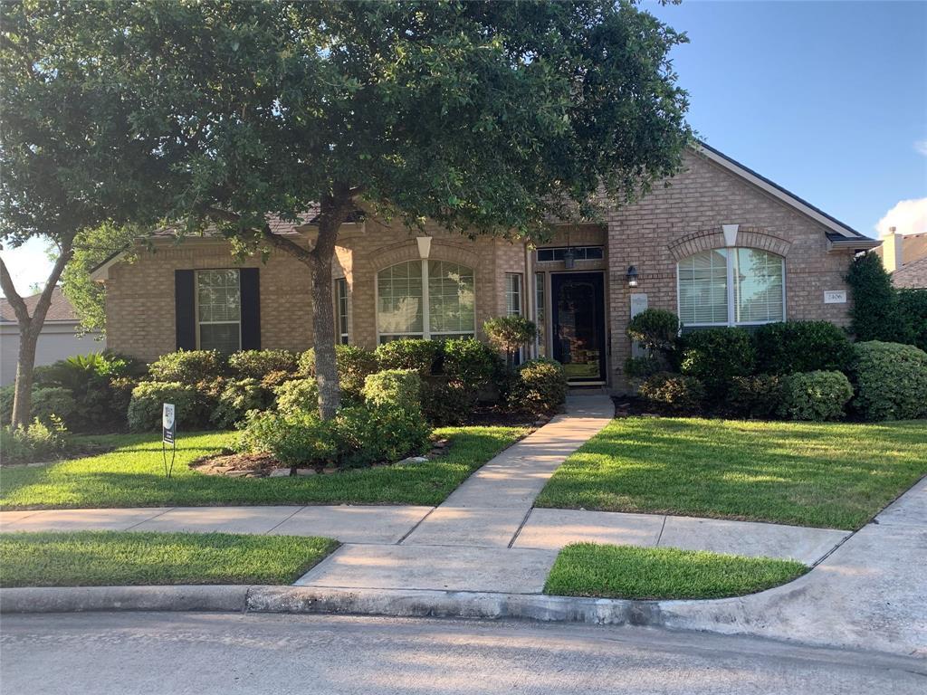 2406 Pine Brook Court Property Photo - Deer Park, TX real estate listing