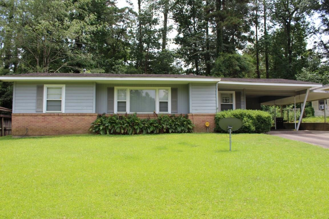 207 Sheila Street Property Photo - Jasper, TX real estate listing