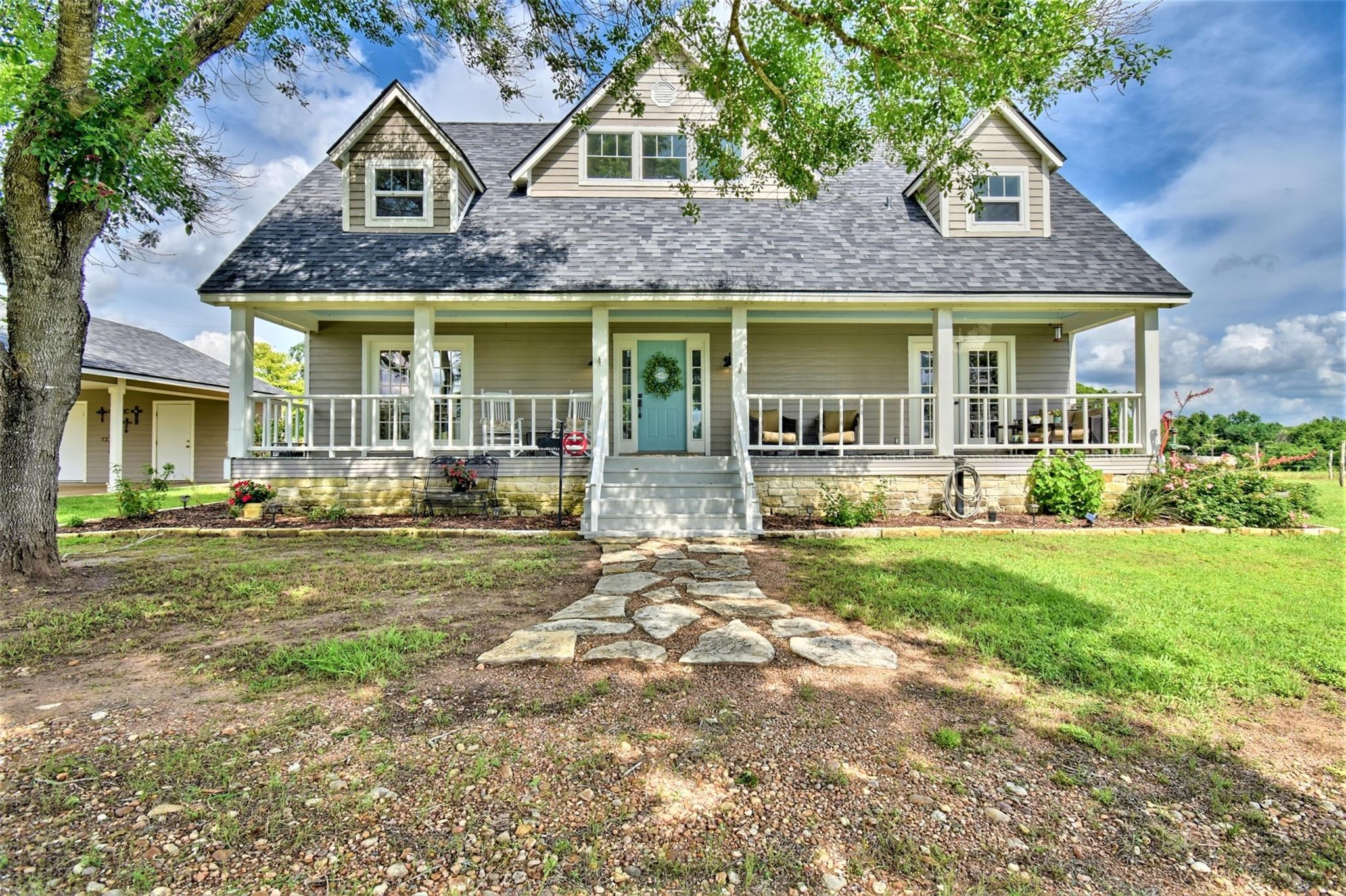 12041 Fm 1155 E Property Photo 1