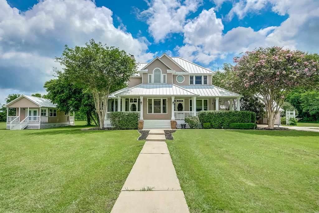 715 Melba Lane Property Photo - Brookshire, TX real estate listing