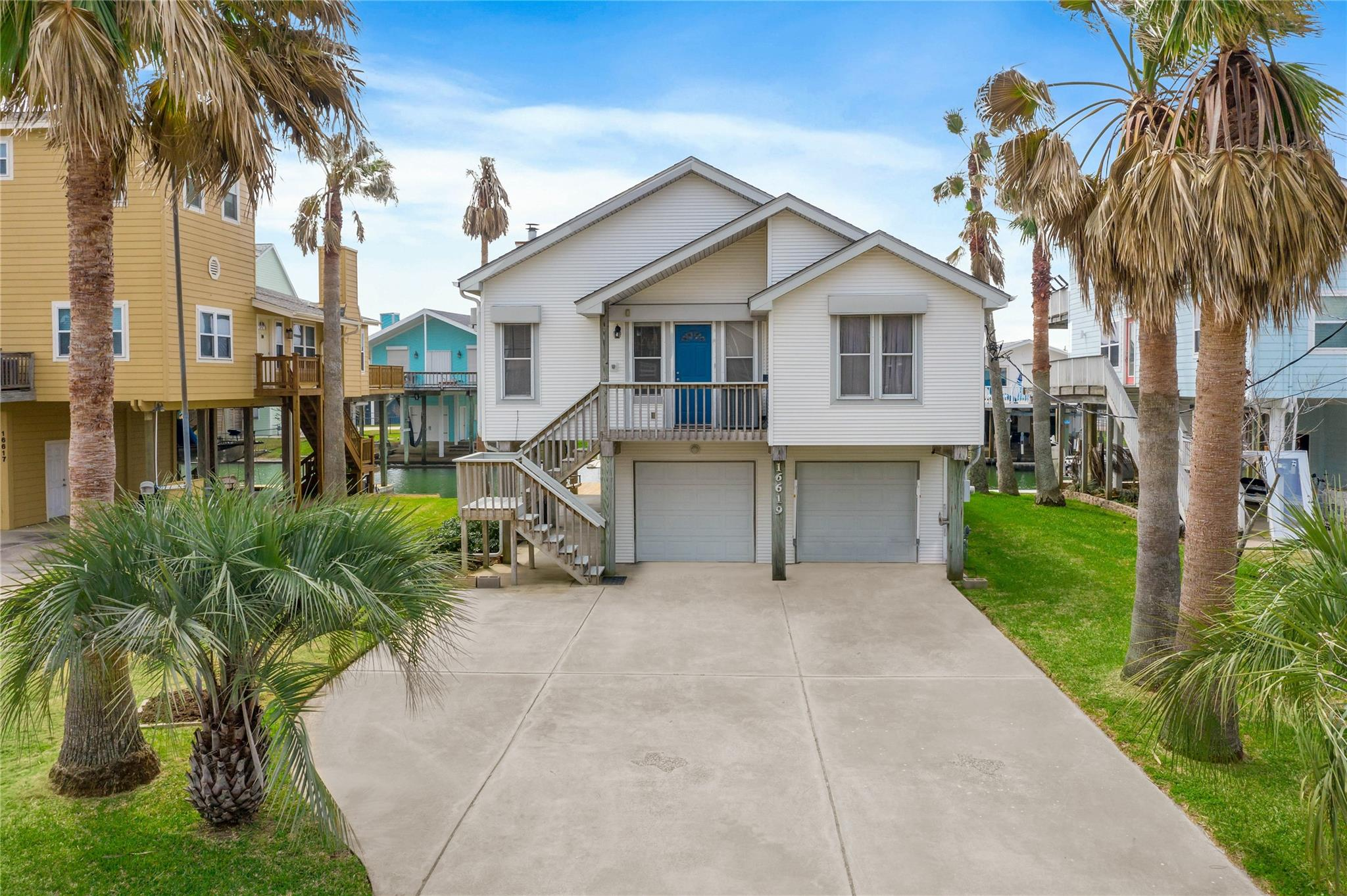 16619 Cormorant Road Property Photo - Jamaica Beach, TX real estate listing