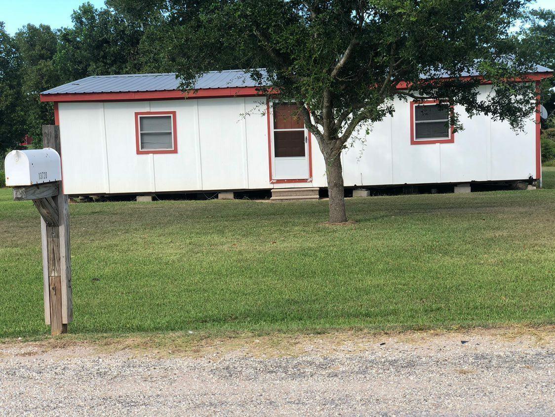 13720 Burnett Road Property Photo - Beasley, TX real estate listing