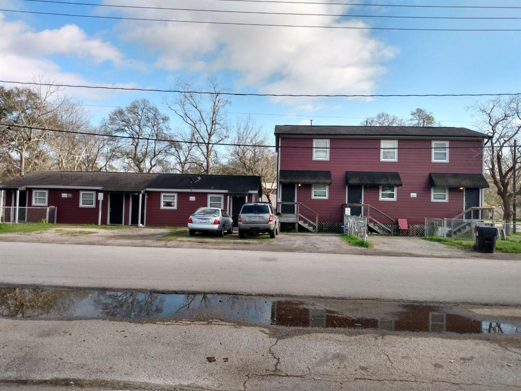 219 Jackson Road Avenue Property Photo - Bacliff, TX real estate listing