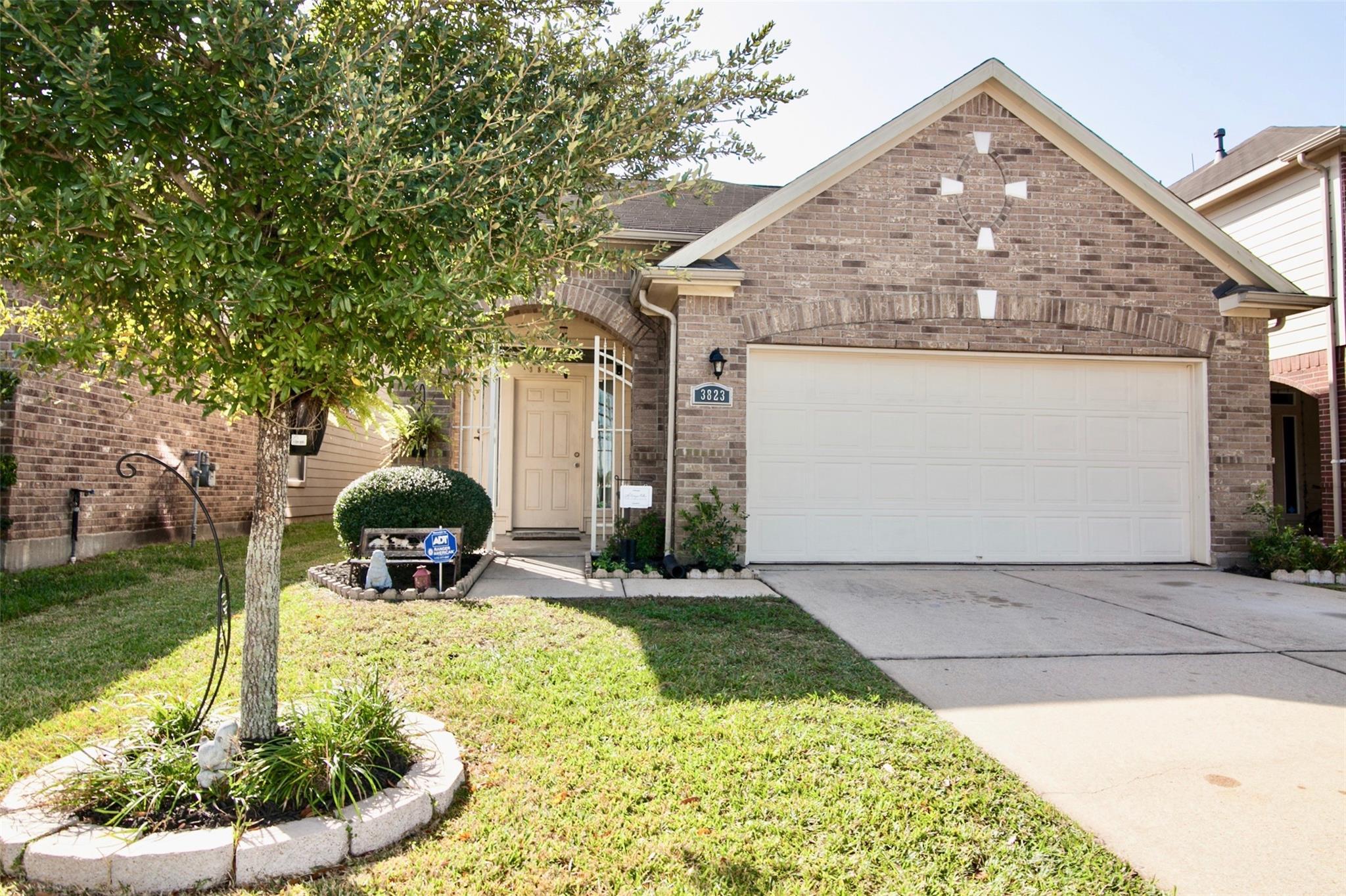 3823 Rosalind Lane Property Photo - Houston, TX real estate listing